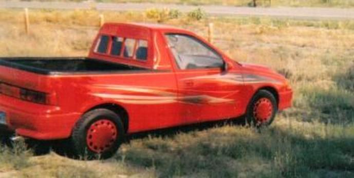 1993 geo metro custom pickup it does not have an opening tailgate it does however have a removeable top section so the tail lights can be accessed for bulb changes when needed sciox Choice Image